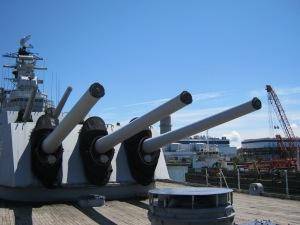 Guns aboard the USS Salem